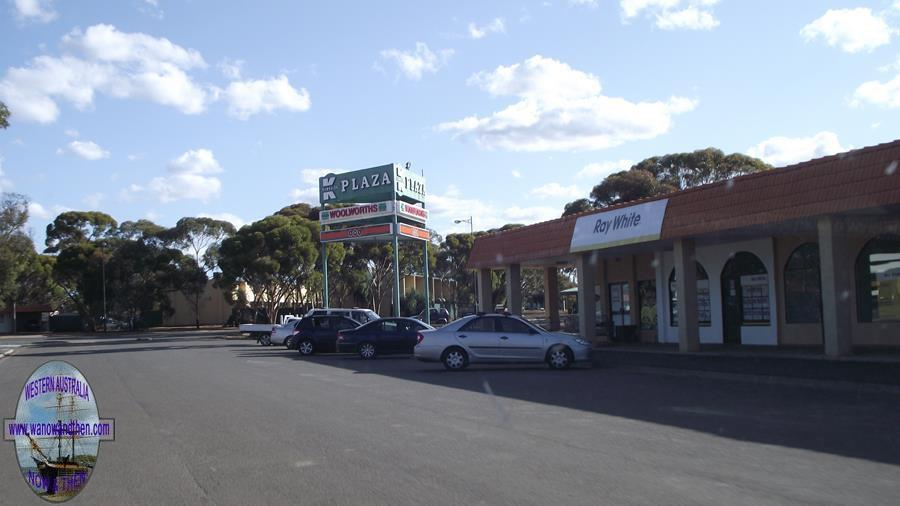 Kambalda Shopping Centre